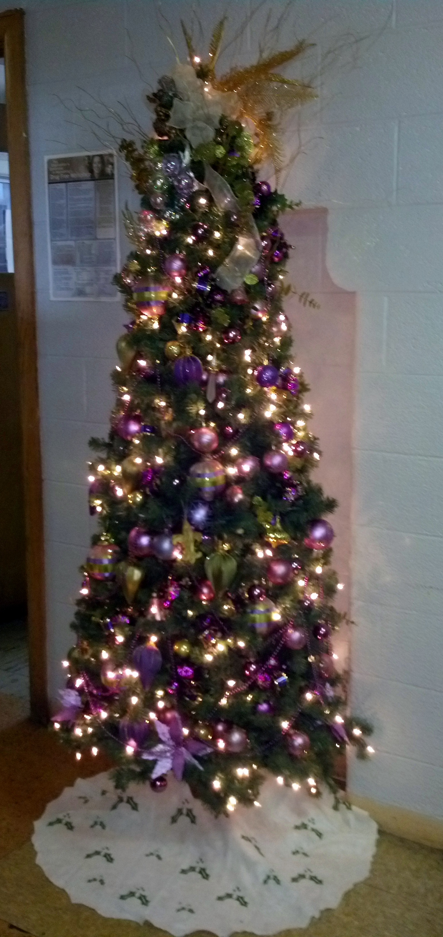Holiday Decorating at Matrix Human Services - Two Women ...