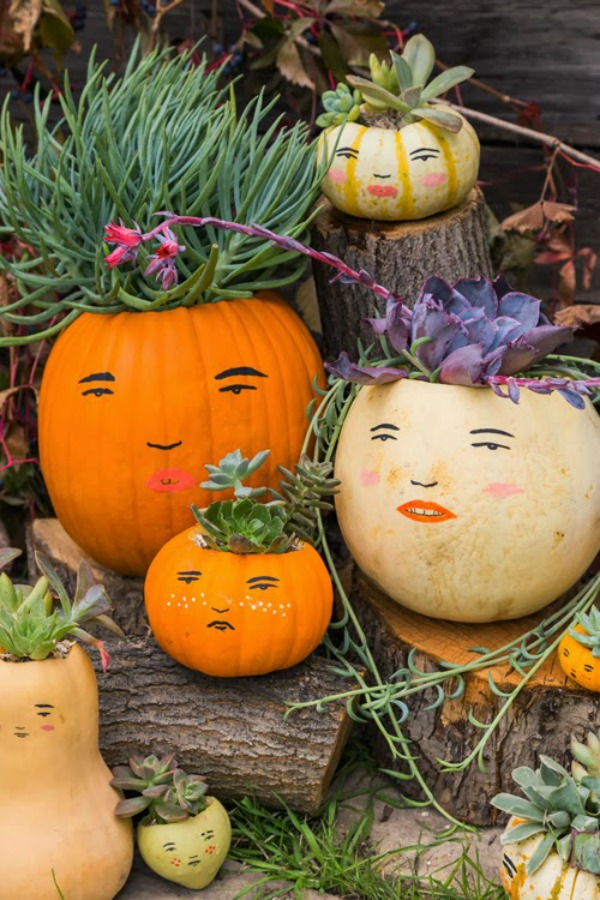 paint-faces-on-pumpkins